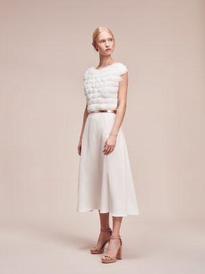 Designer Brautkleid aus Seide mit Federdetail in Midi Länge