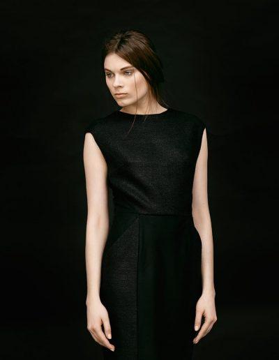 Designer Etuikleid aus schwarzer Wildseide von Magdalena Mayrock Berlin